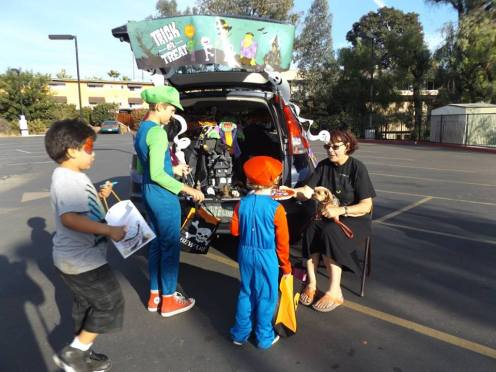 trunk or treat (1)